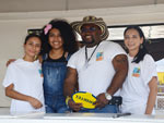 Volunteers providing beverages to the 2014 Palm Beach Colombian Fest attendants