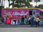 Covergirls sponsor and makes presence at the Colombian event en Palm Beach